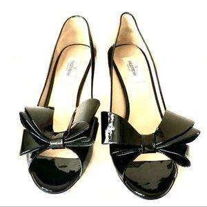 Valentino black bow kitten heels. 40% off!!!